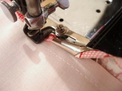 Binding a seam using a Singer Binder Attachment