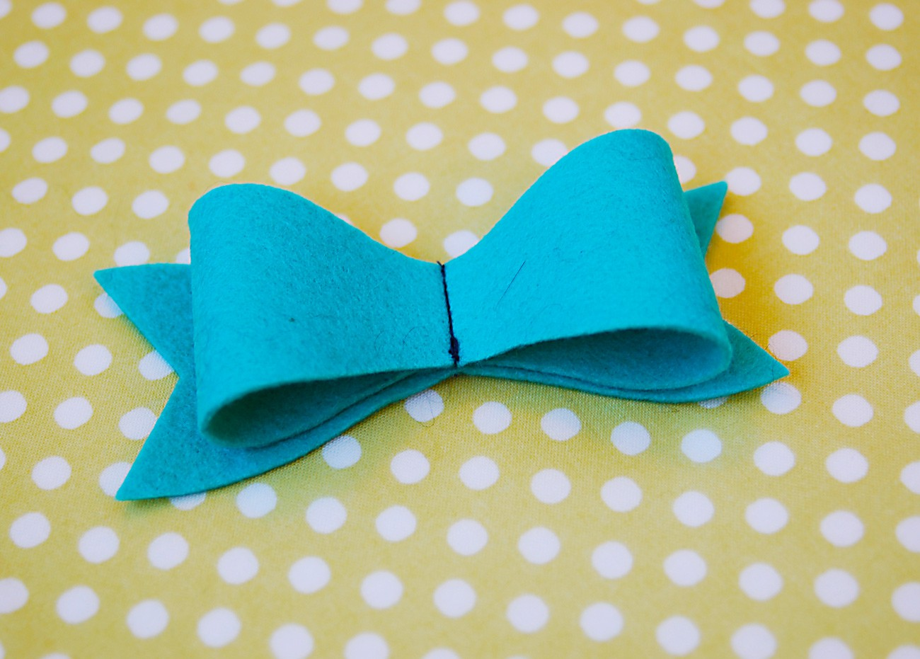 Felt bows a free pattern and tutorial blog oliver s bow 3 pronofoot35fo Image collections