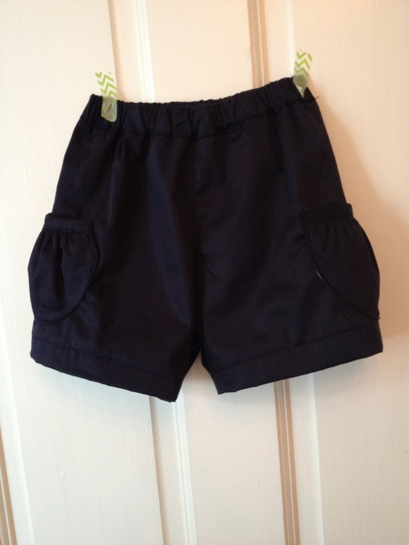 Oliver + S Jump Rope pockets on Sunny Day Shorts